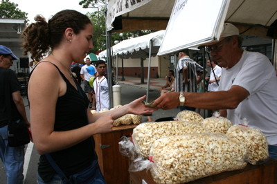 StPaul Buying Popcorn